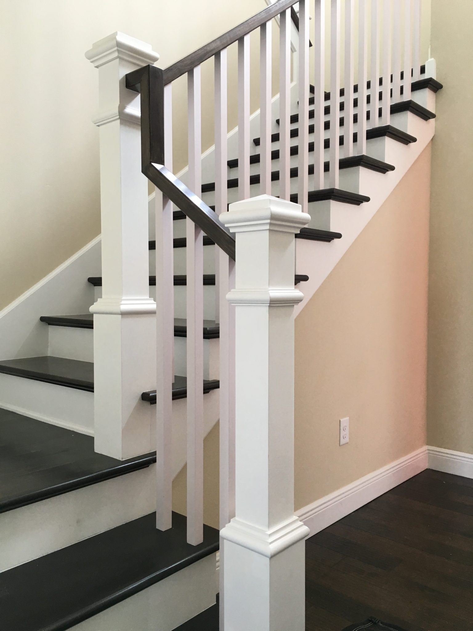 Box Newels Square Balusters REctangular Handrail ...