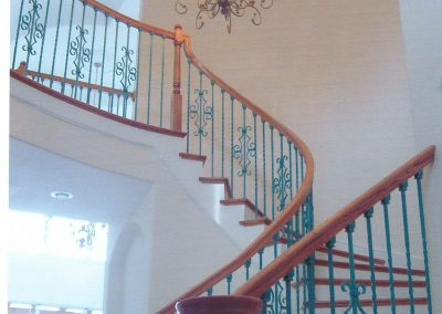 Curved Stair Green Baluster 1